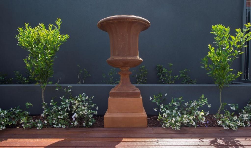 Landscape designers burnside sphere garden design for Sphere garden design